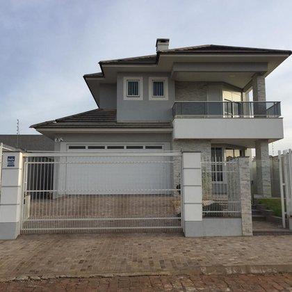 Excelente Casa Mobiliada Para Compra