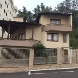 Excelente casa à venda
